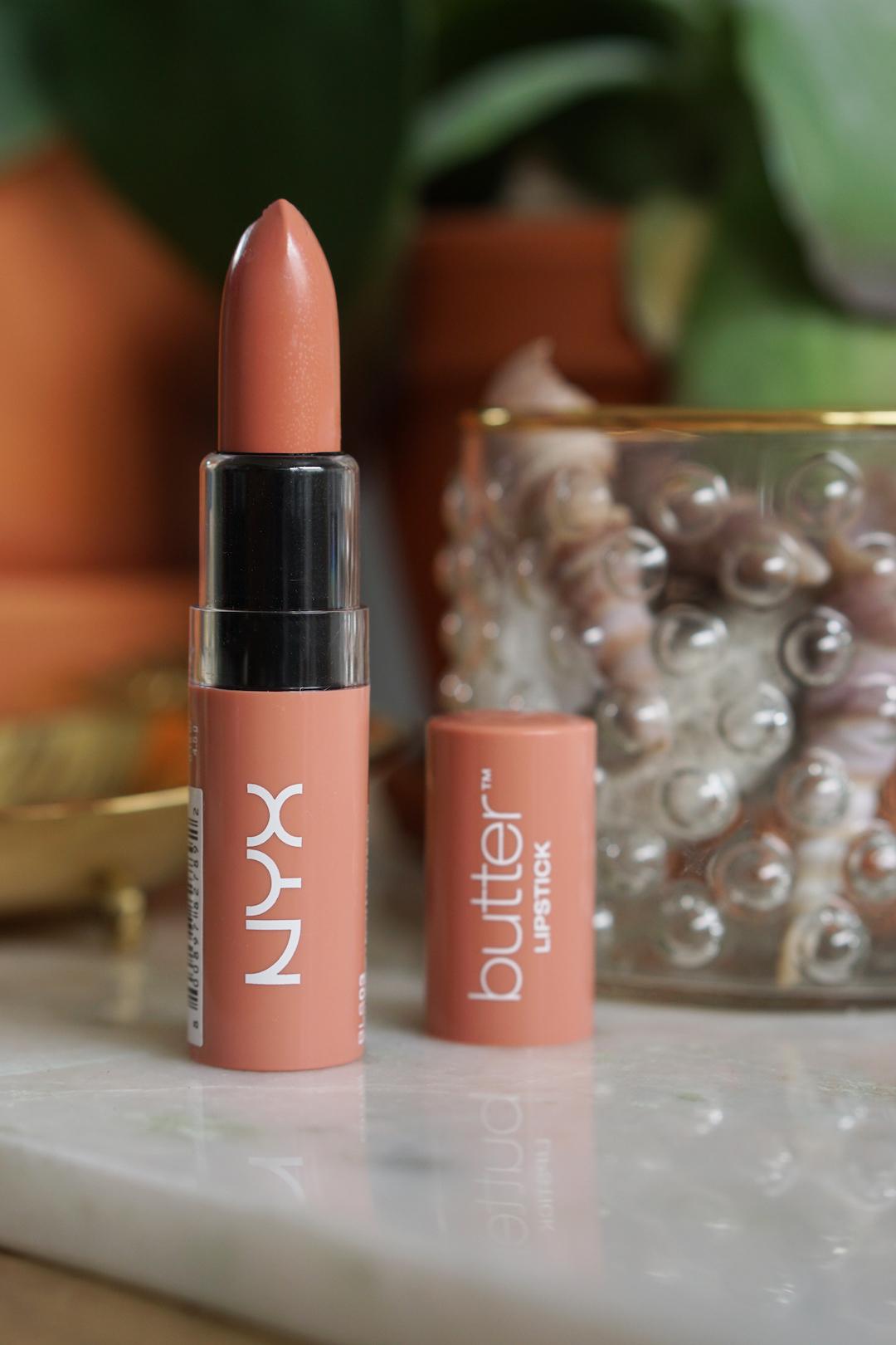 NYX Butter Lipstick Snow Cap & Little Susie