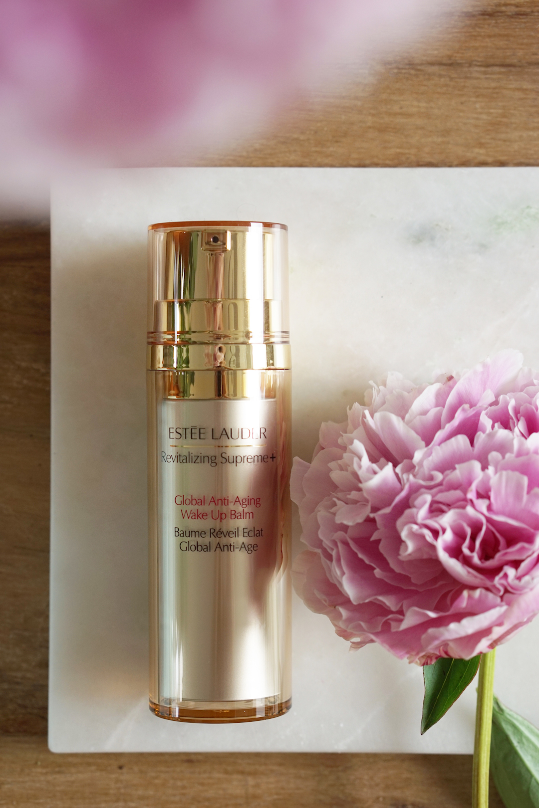 Estée Lauder Revitalizing Supreme Plus Global Anti-Aging Wake Up Balm