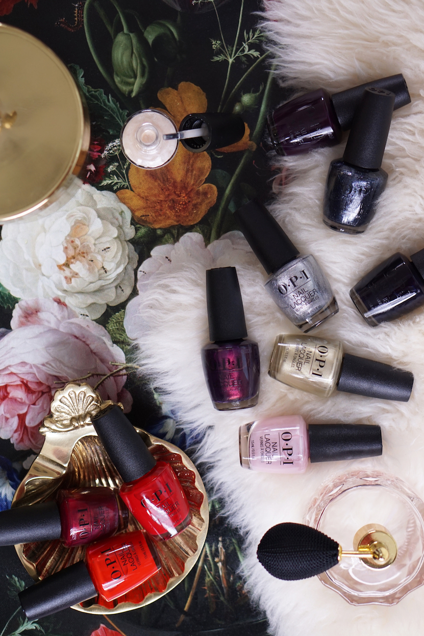 Swatches Love OPI XOXO kerstcollectie 2017