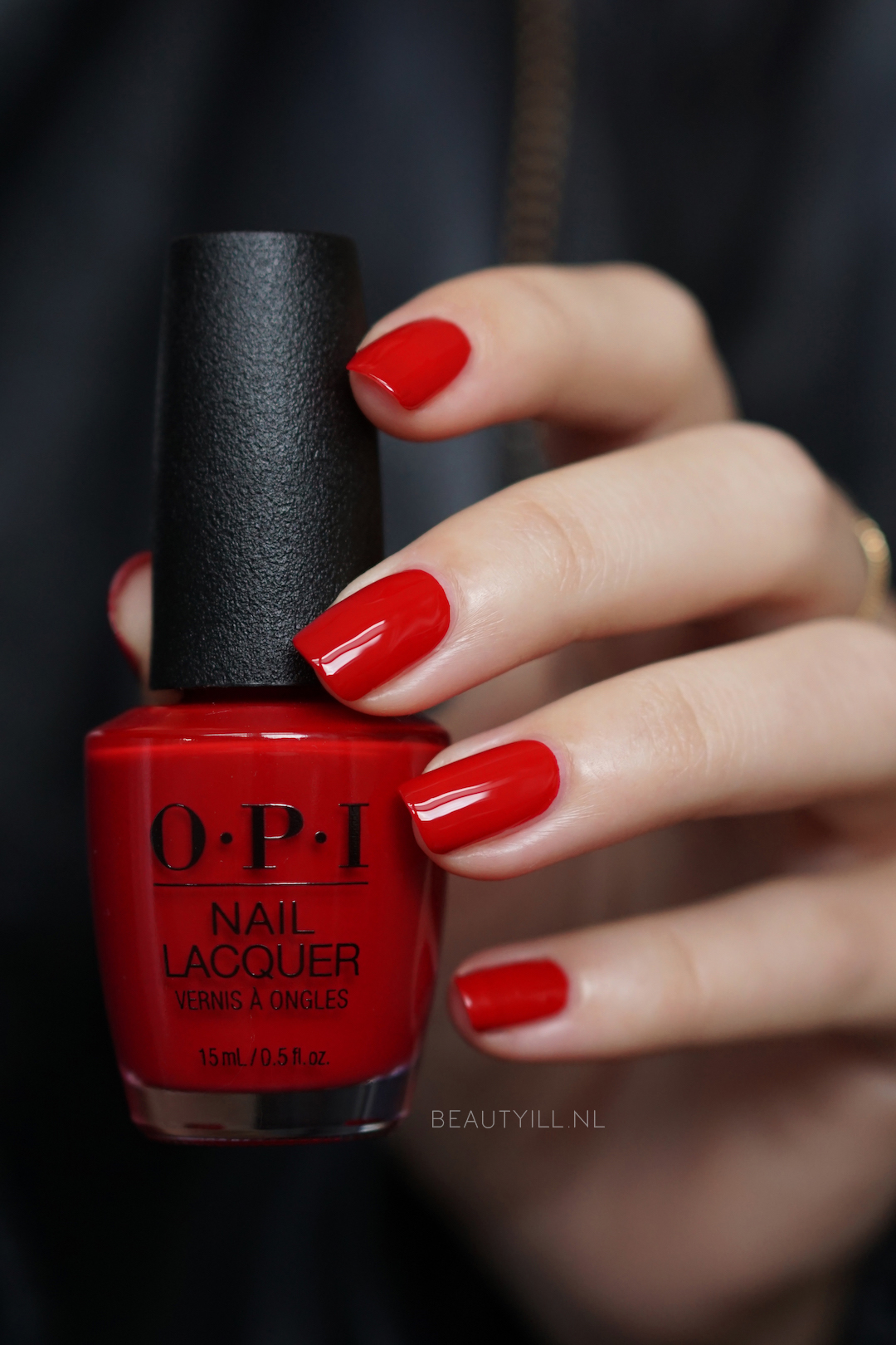 Swatches Love OPI XOXO Christmas 2017