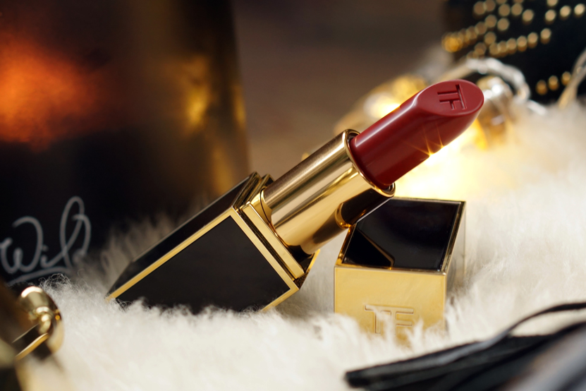 Tom Ford lip color 16 Scarlet Rouge