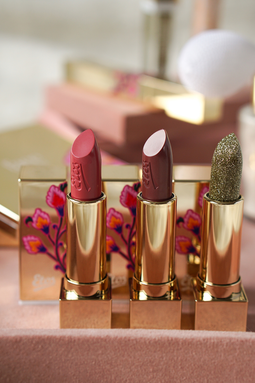Etos Limited Edition December 'Lipstick Santa's Helper'