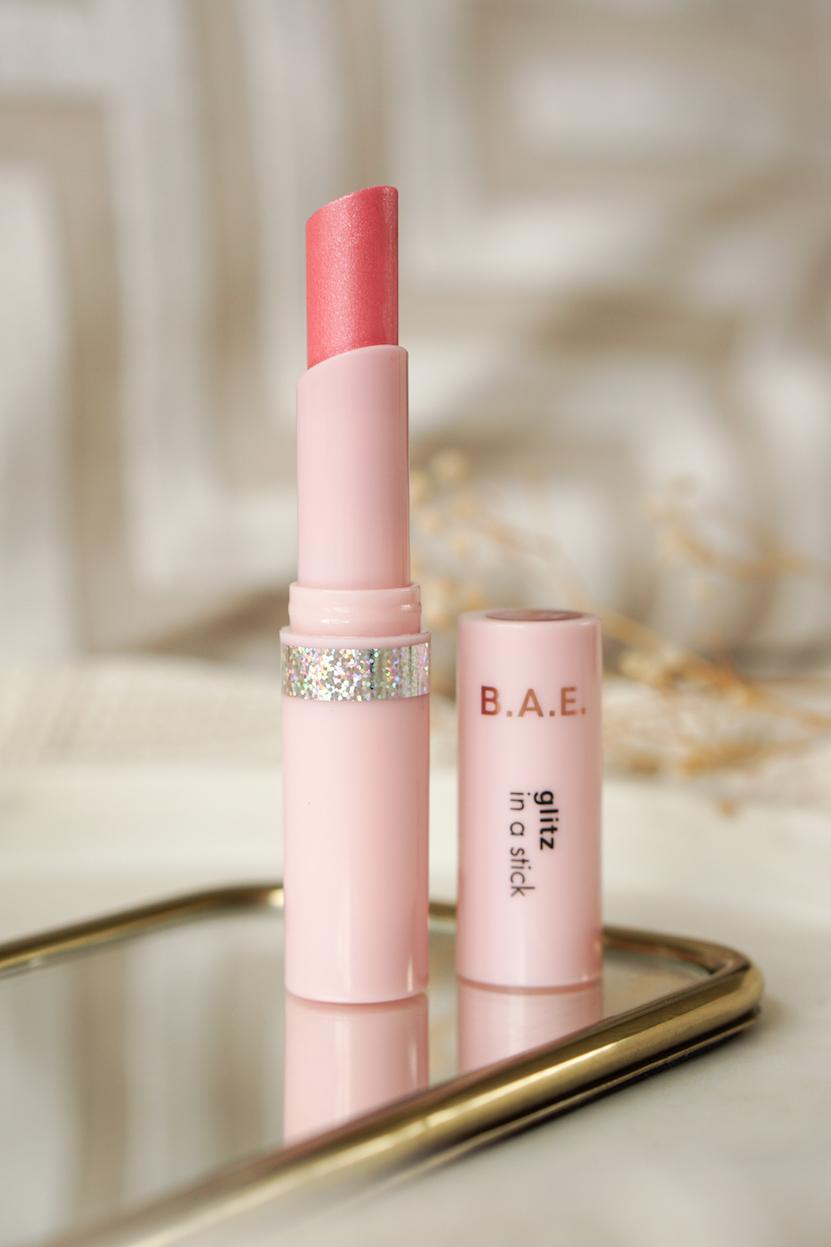 HEMA B.A.E. baking powder matcha, glitz lippenstift, contourkwast & wenkbrauwpen