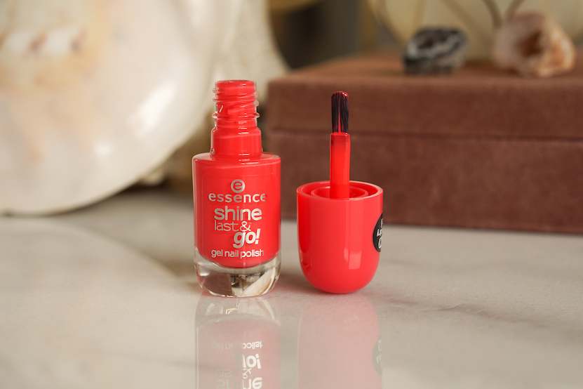 essence shine nagellak Legally pink