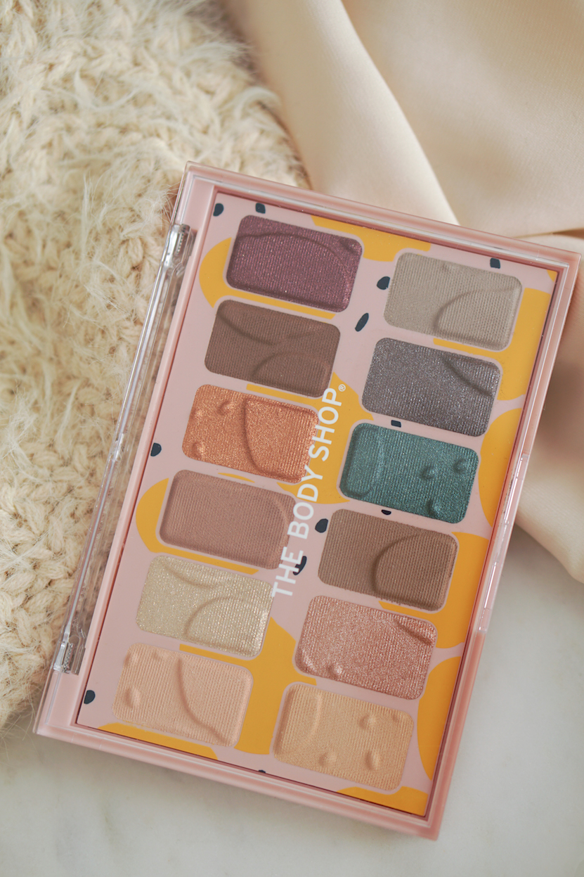 The Body Shop Paint In Colour eyeshadow palette