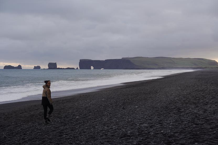 Black Sand Beach Reynisfjara Hálsanefshellir