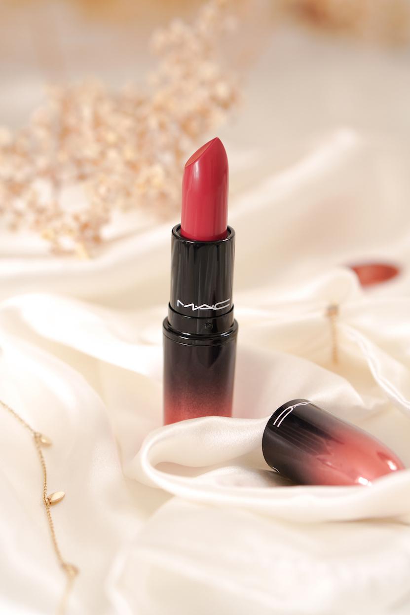 mac love me lipstick 407 As If I Care