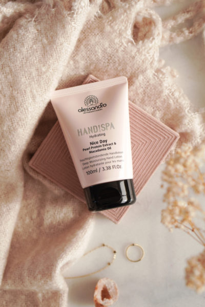 alessandro Hydrating Nice Day Handlotion