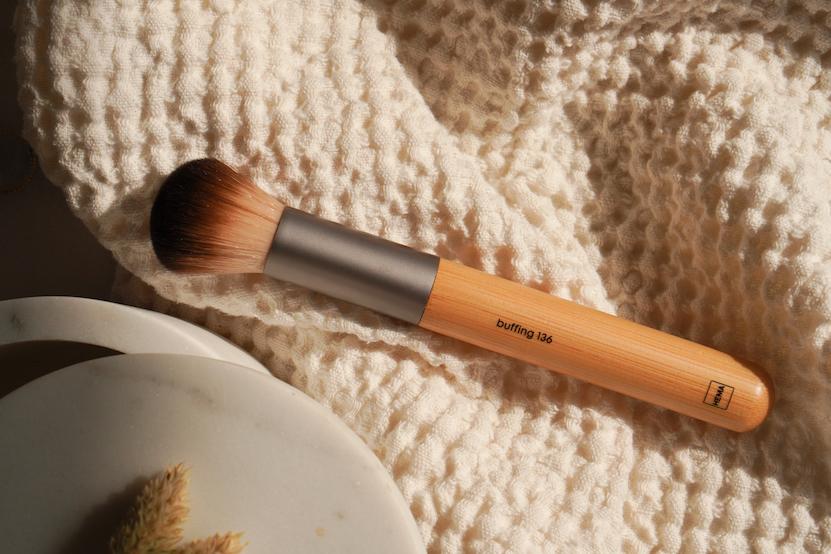 HEMA buffing brush kwast