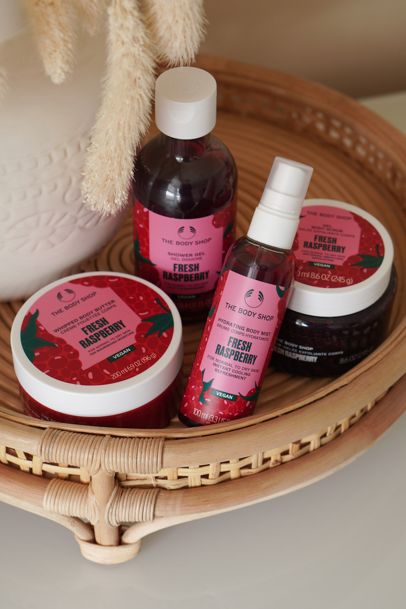 The Body ShopCool Daisy en Fresh Raspberry