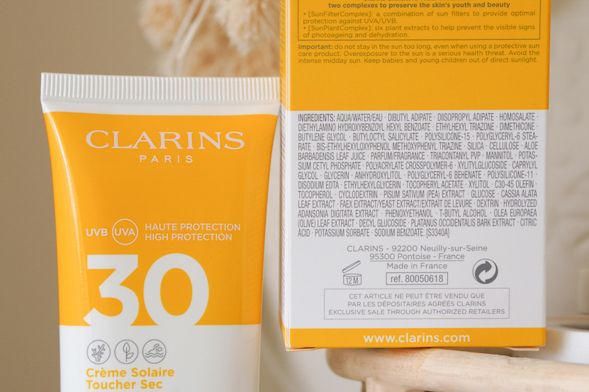 clarins Dry Touch Facial Sun Care UVA/UVB 30